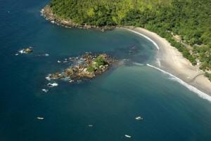 25- Praia de Castelhanos