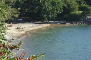 33- Praia do Veloso